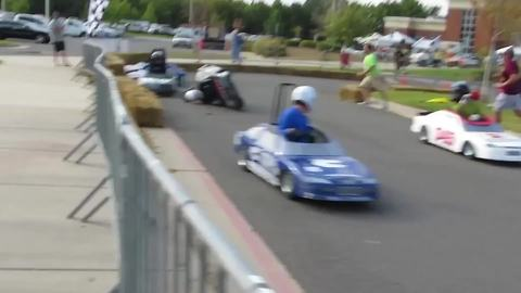 Hilarious Race Cart Fail