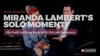 Miranda Lambert's solo moment | Rare Country - Video