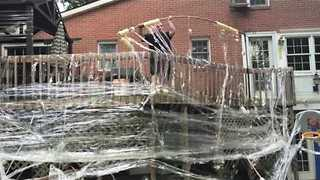 Man Pranks His Parents by Taping Their House While They Were Away - Video