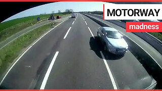 Shocking dashcam shows driver going the wrong way on the M11