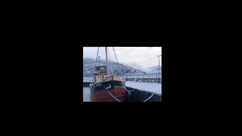 Inveraray Harbour Freezes Up as Cold Snap Bites in Scotland