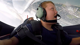Cleveland National Airshow pilot takes Ohio boy on the ride of his life - Video