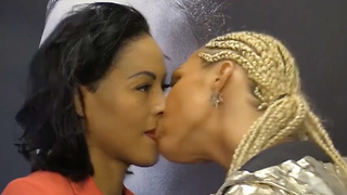 Female Boxer KISSES Opponent During Pre-Fight Face-Off - Video