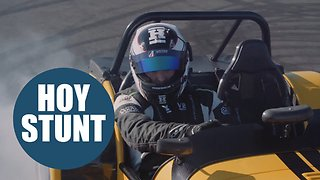 Cycling legend Sir Chris Hoy performing the most DONUTS in a car - Video