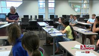 In the classroom: Earning college credits in high school - Video
