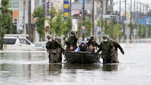 Japan Storms Kill 50 People, Soldiers Pull Survivors From Floodwaters