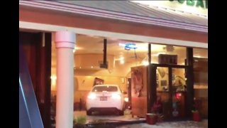 Woman drives car into Port St. Lucie restaurant