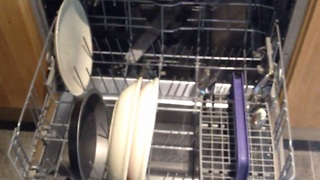 Instructional video for teens: Loading the dishwasher - Video