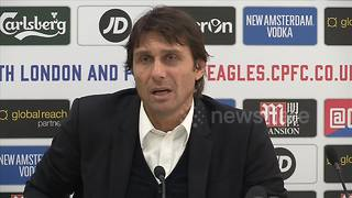 Antonio Conte laughs like a hyena during press conference - Video