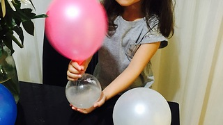 Chemical experiment by 4 years old girl - Video