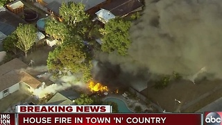 Hillsborough County Fire Rescue on scene of house fire in Town 'N' Country - Video