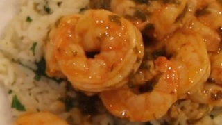 Parsley shrimp with citrus rice - Video