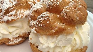 Cream Puff Pastry (Noon Khamei) - Video