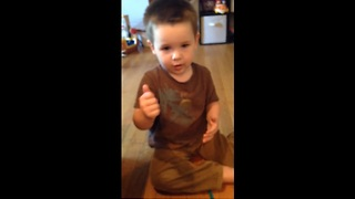 Toddler with speech delays learns first sign - Video