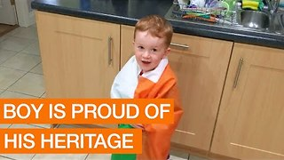 Passionate Young Man Proudly Sings Irish National Anthem - Video
