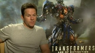 Wahlberg talks vanity - and Matt Damon - Video