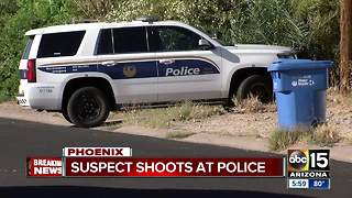 Suspect dead after shooting at Phoenix police officers - Video