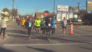 Thousands take part in Tulsa Route 66 Marathon - Video