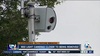 Bill filed to phase out red-light cameras in Florida