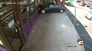 Video shows Samaritan jumps into action after South Bay donut shop crash