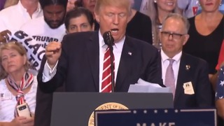 """RAW: Crowd shouts """"U-S-A"""" at Trump speech protester"""
