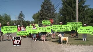 Suicide prevention message sent during Eaton Rapids parade - Video