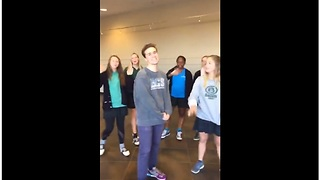 Check Out This Amazing High School Choir Singing Wonderful Christian Hymn