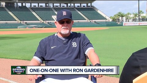 Brad Galli one-on-one with Ron Gardenhire at Tigers Spring Training
