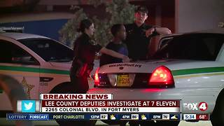 LCSO investigates early morning scene at a 7-Eleven in Ft. Myers - Video