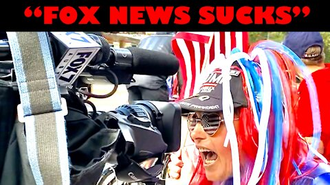 "Fox News Cameraman Steps Aside As Patriots Yell ""FOX NEWS SUCKS"" Into His Camera"