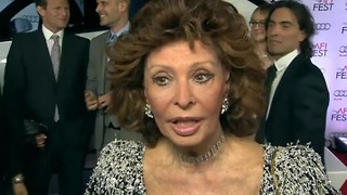 Ageless screen goddess Sophia Loren honored - Video