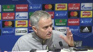 Mourinho begins Manchester derby mind games - Video