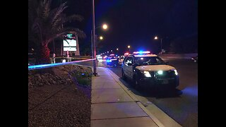 1 hospitalized after shooting in Las Vegas, police search for suspect
