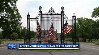 Thousands expected to attend funeral services for fallen MPD officer Michalski - Video
