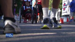 Fox Cities Marathon helps schools get equipment - Video