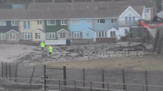 Storm Eleanor destroys harbour wall at Portreath, Cornwall - Video