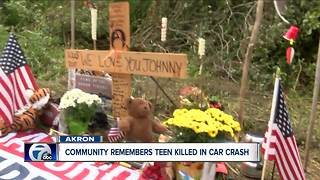 Community Mourns Teen After A Fatal Car Crash - Video