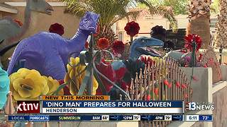 Dinosaur enthusiast prepares for thousands of visitors for Halloween - Video