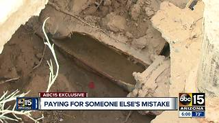 Sewer water floods Mesa home - Video
