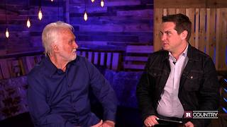 Kenny Rogers bids farewell | Rare Country - Video
