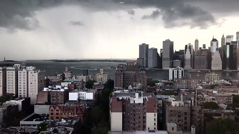 Timelapse Shows Storm Clouds Rolling Over Downtown Manhattan and Brooklyn Heights