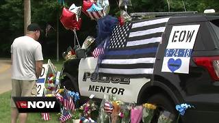 Mentor rallies around police department