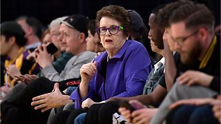 Why does Billie Jean King want to talk to President Trump?