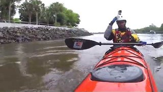 YouTuber Reacts After 'Losing' Sunglasses on Kayak - Video