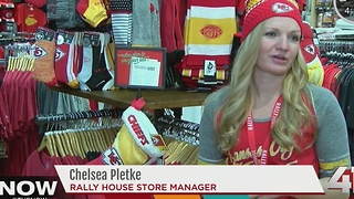 Local businesses cash in during Chiefs winning streak - Video