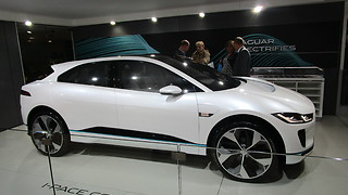 Jaguar I-pace Concept car at autosalon Brussel 2018  - Video