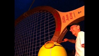 World's Biggest Tennis Racket - Video