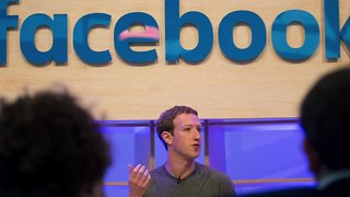 Mark Zuckerberg Says He Is Changing Facebook Privacy Settings