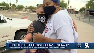 Booth-Fickett Magnet School holds holiday giveaway