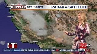 Low hanging clouds sticking around overnight in Bakersfield - Video